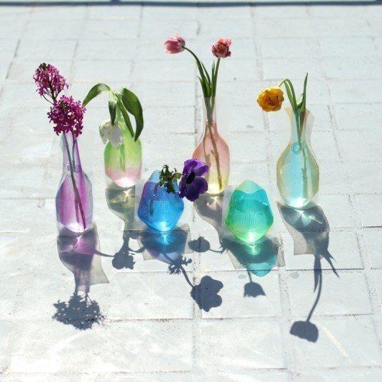 日本製D-BROS高質感摺疊花瓶。 台隆/提供