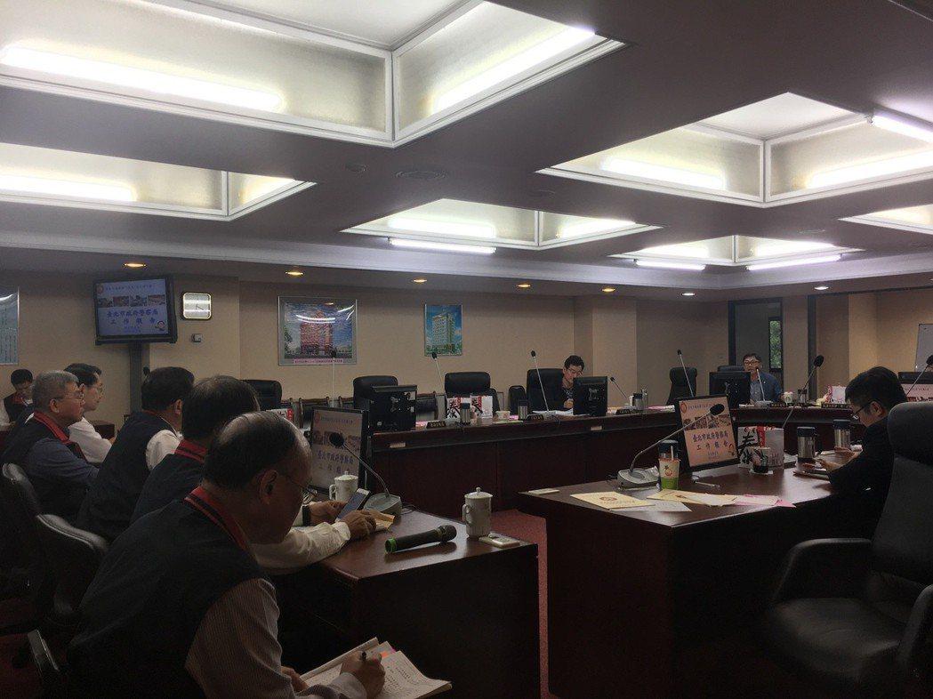 台北市警察局今天前往市議會警衛委員會報告業務。記者張世杰/攝影