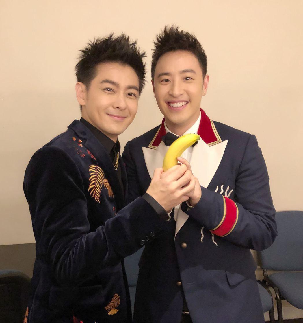林志穎(左)與潘瑋柏。圖/娛人制造提供