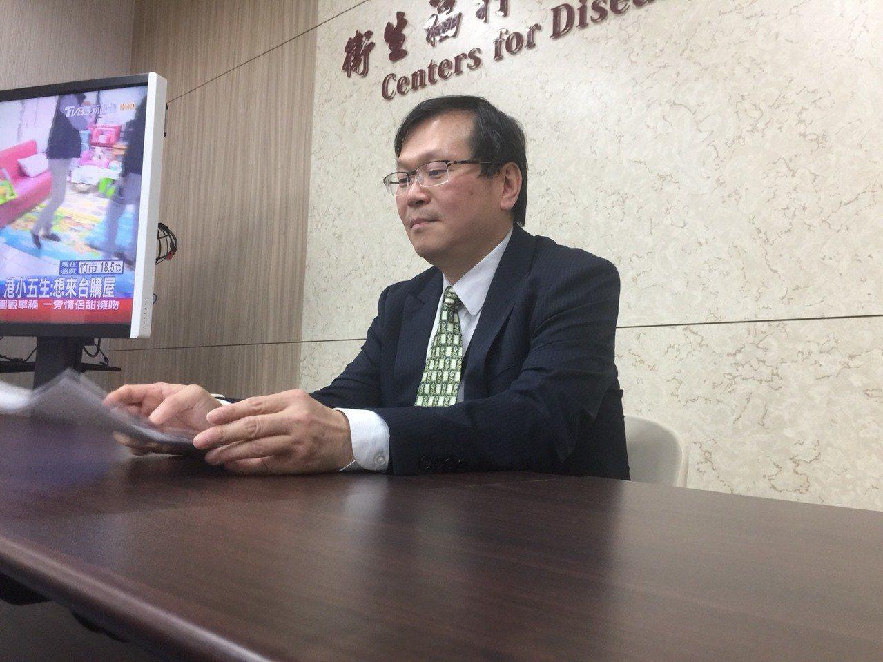 疾管署副署長莊人祥說明麻疹群聚疫情。 記者黃安琪/攝影