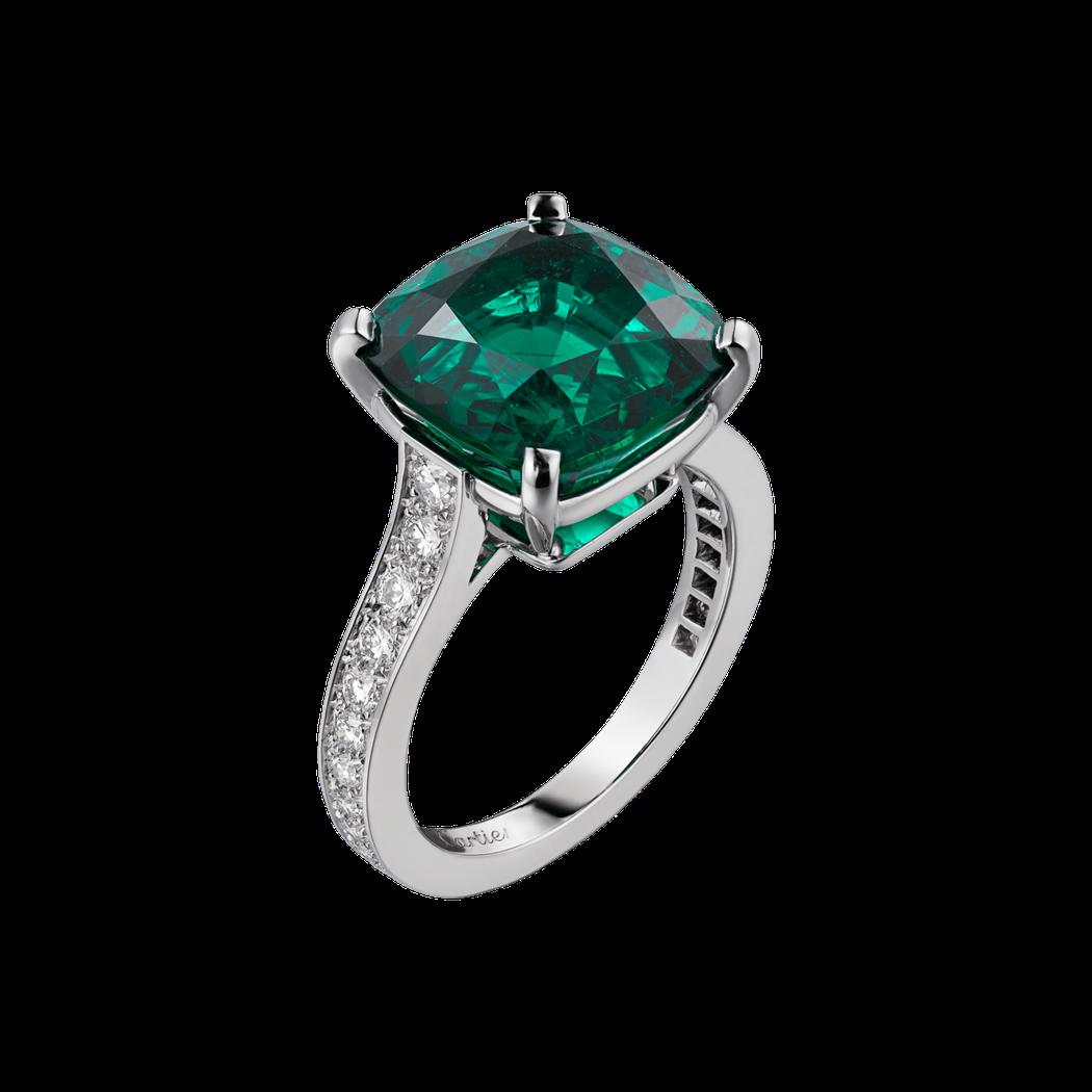 卡地亞頂級珠寶系列祖母綠戒指,鉑金鑲嵌7.02 克拉枕形切割祖母綠與鑽石,1,4...
