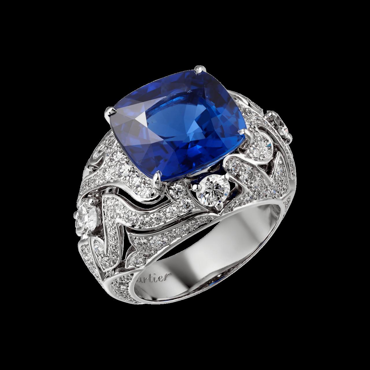 卡地亞頂級珠寶系列藍寶石鑲鑽戒指,鉑金鑲嵌 10.68 克拉的斯里蘭卡藍寶石主石...