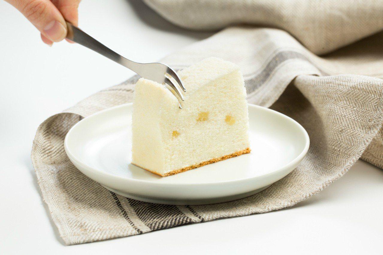 微熱山丘天使蛋糕,每盒320g,售價220元。圖/微熱山丘提供