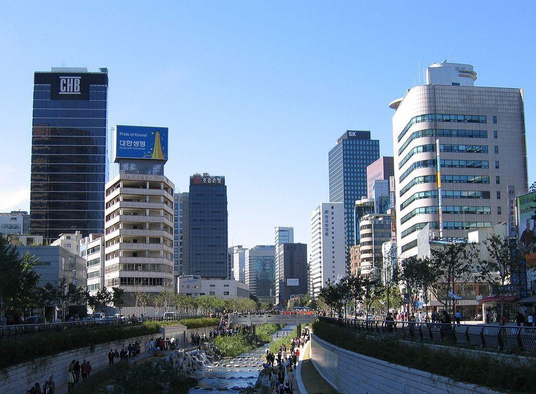韓國首爾的清溪川是2005年就完成的河川工程,若今天我們一味複製十多年前別的國家...