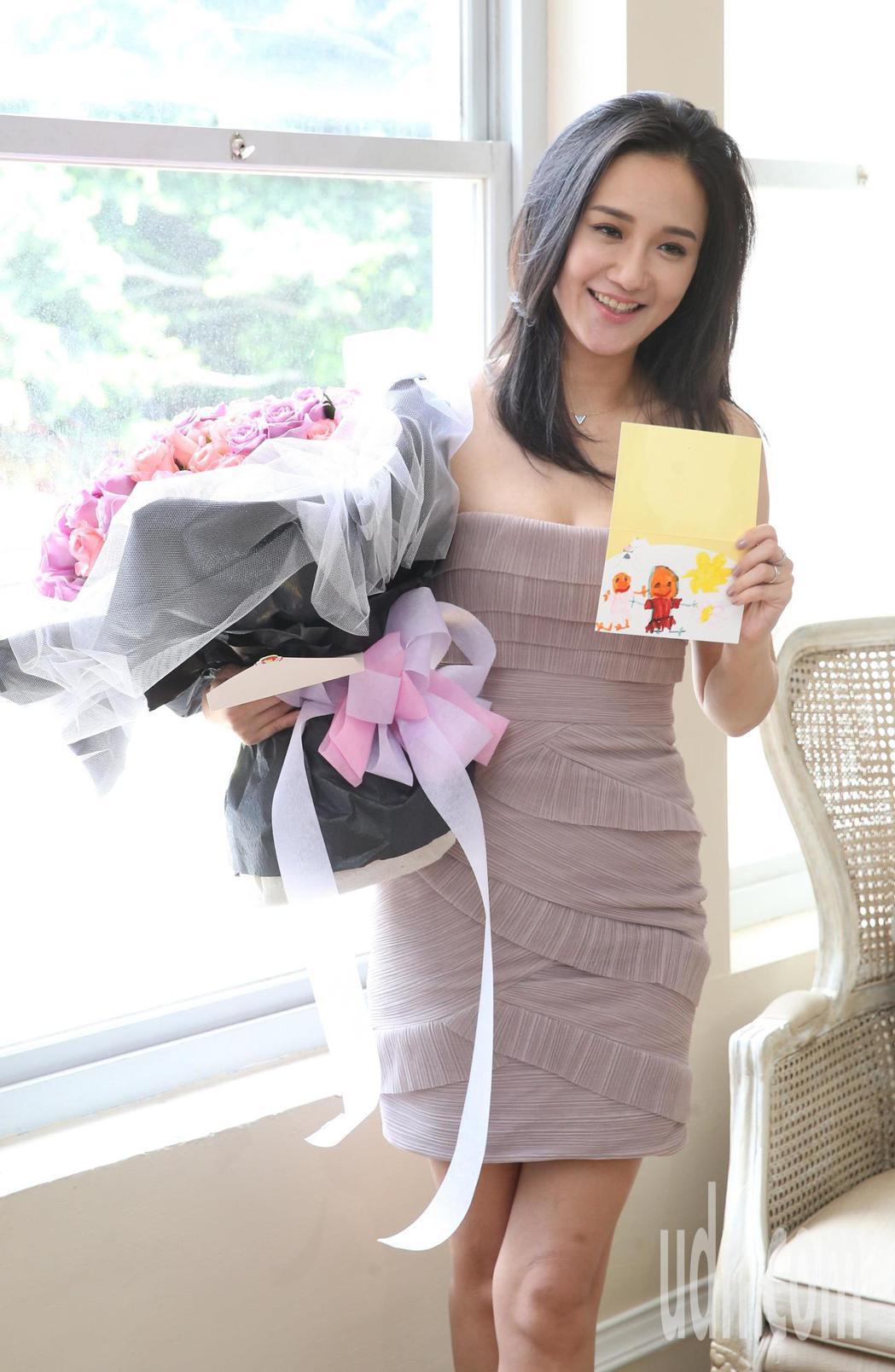 藝人何妤玟幫時尚雜誌拍攝封面照。記者陳柏亨/攝影