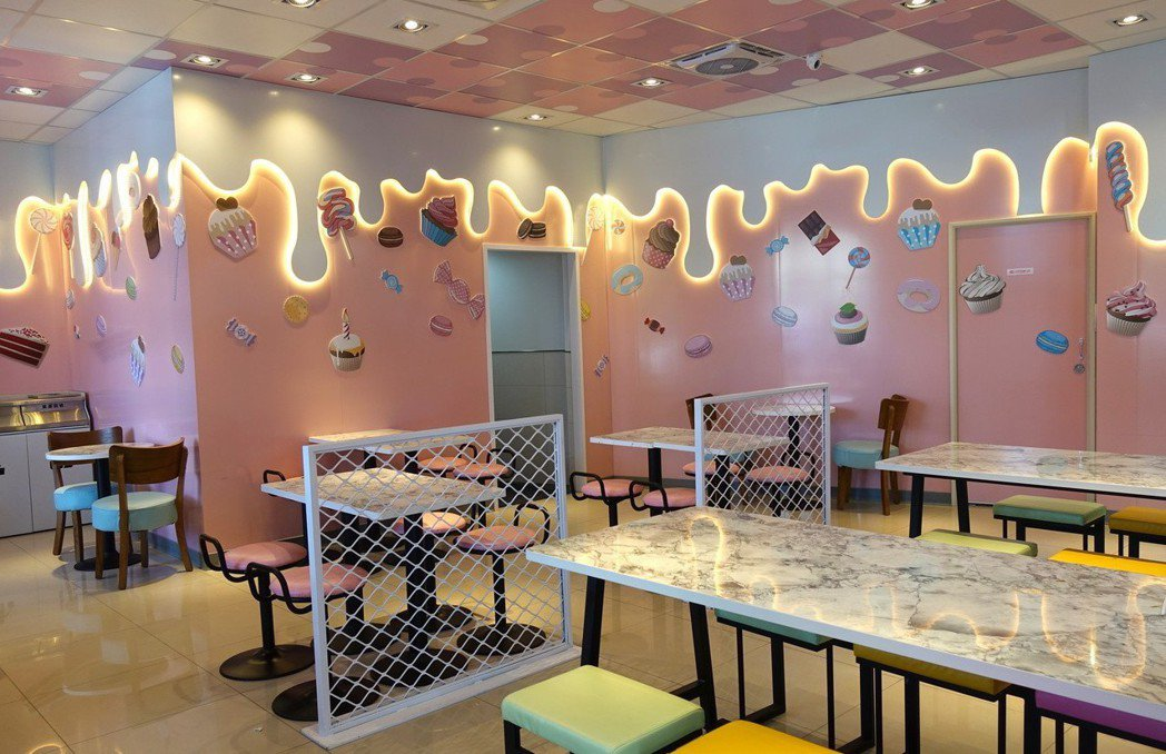 后糖門市是全台第一家粉紅夢幻糖果屋超商。圖/7-ELEVEN提供