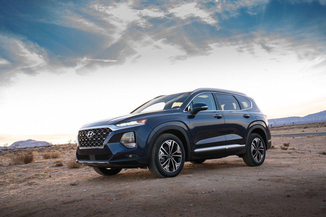 圖為新世代Hyundai Santa Fe。 摘自Hyundai