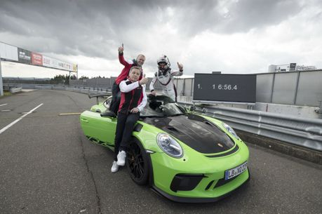 (影音)Porsche 911 GT3 RS2跑進6分紐柏林單圈紀錄!