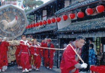 日本廟會不「擾民」?信仰的虛實,傳統的角力