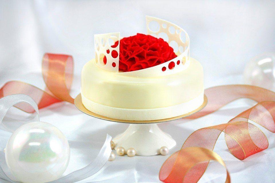 「綻放」母親節蛋糕。(圖片提供/台北亞都麗緻大飯店)