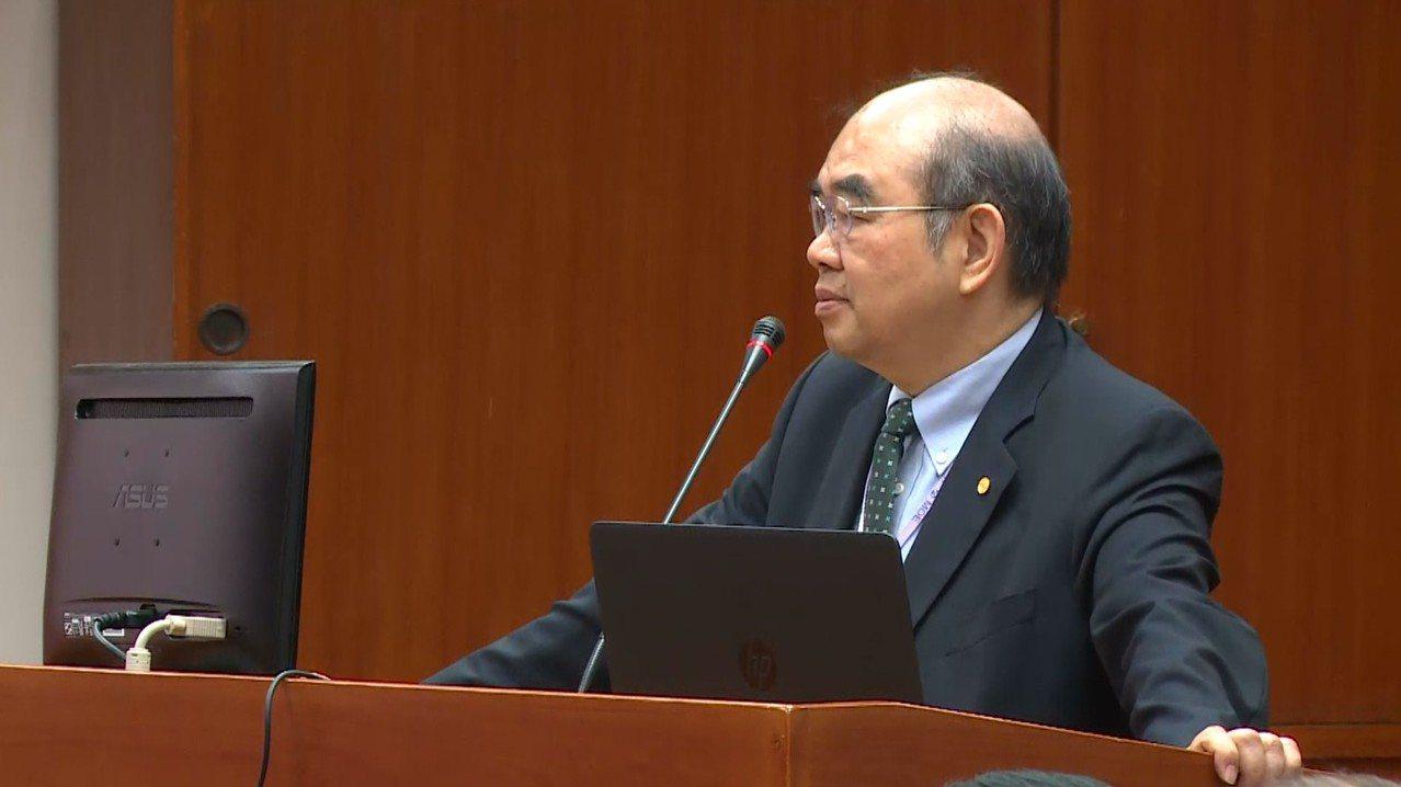 教育部長吳茂昆今天首度赴立法院備詢。記者陳聖文/攝影
