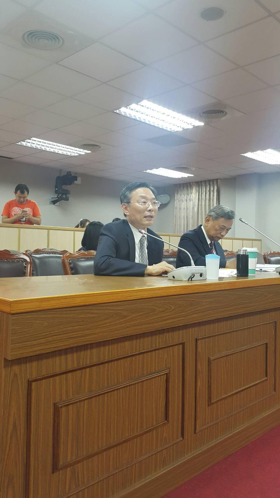江惠民今天為檢察總長人事案到立法院接受審查。記者王聖藜/攝影