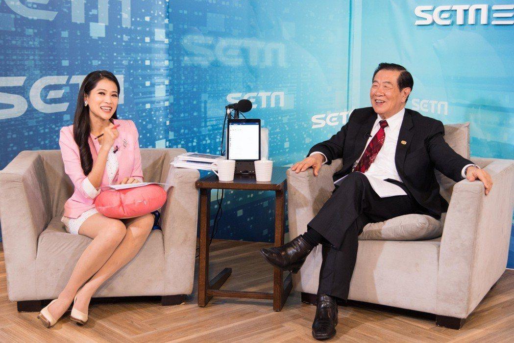 李昌鈺接受李文儀專訪。圖/三立新聞網提供