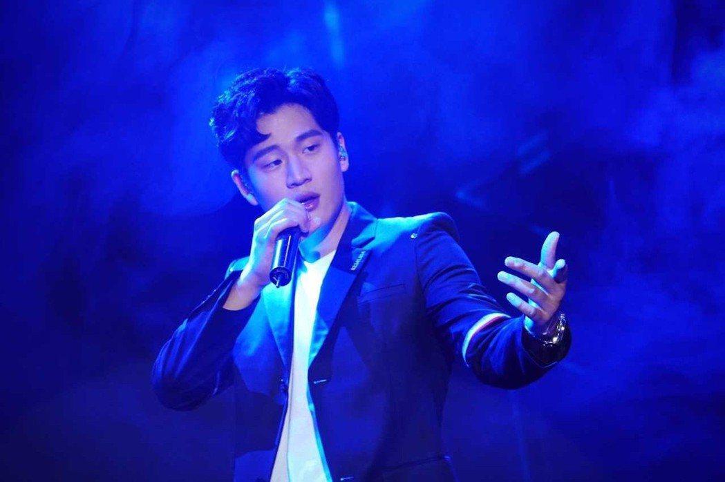 周興哲20日舉辦「如果雨之後」北京首場演唱會。圖/@小甜笛提供