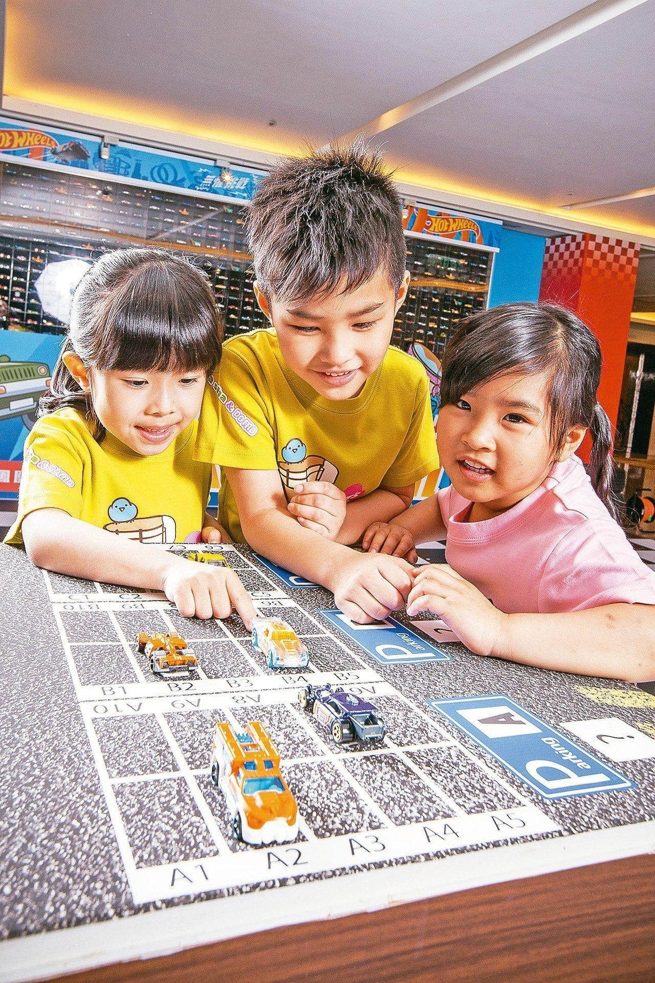 長榮鳳凰酒店(礁溪)以小汽車打造謎樣旅行。 圖/長榮鳳凰酒店(礁溪)提供