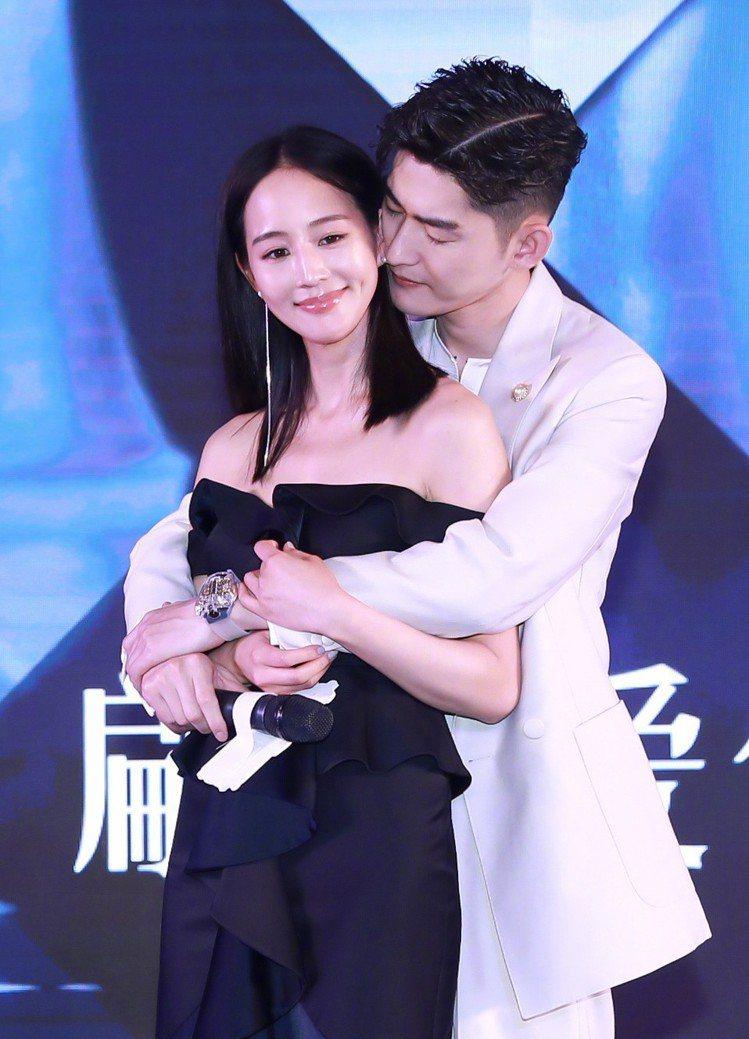 張鈞甯、張翰合演新劇《溫暖的弦》。圖/擷自微博