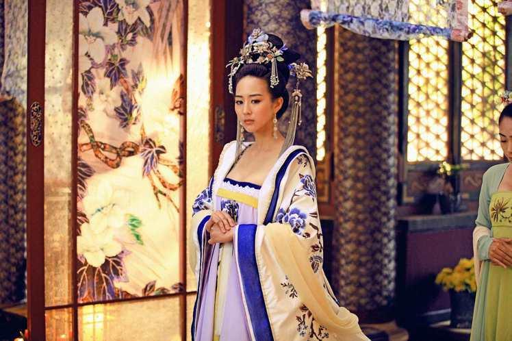 張鈞甯演出《武媚娘傳奇》首度使壞。圖/中天、中視提供