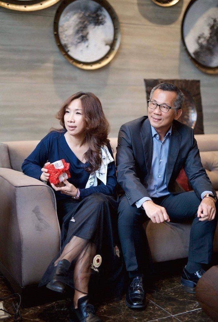 所長茶葉蛋賢伉儷對於「君泰」的環境與生活氛圍感到滿意。 圖/業者提供