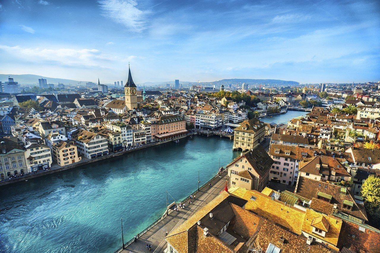 國泰航空精選13個歐洲城市優惠票最低66折,圖為瑞士蘇黎世。圖/國泰航空提供