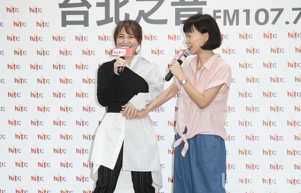 睽違三年,梁文音(左)帶新專輯現身。記者陳正興/攝影
