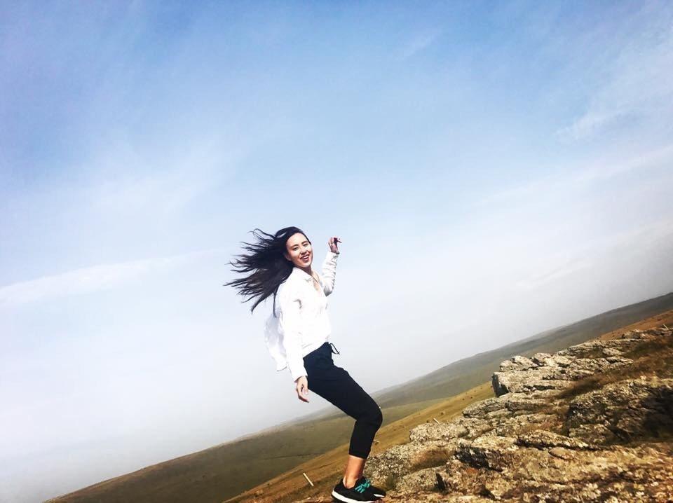 房思瑜到內蒙古拍戲相當興奮。圖/TVBS提供