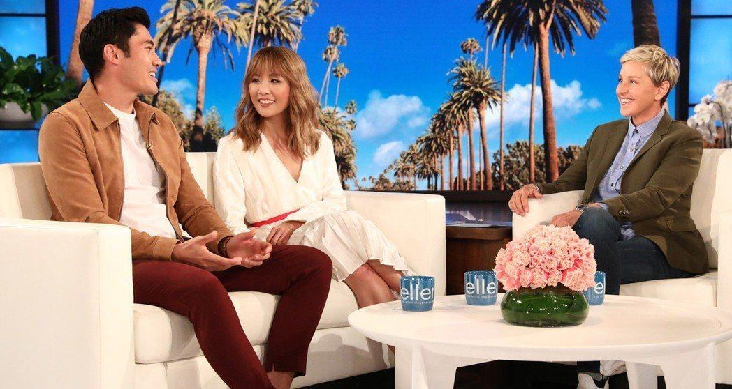 亨利高汀與吳恬敏上艾倫狄珍妮斯的節目為新片造勢。圖/摘自NEWSiNi