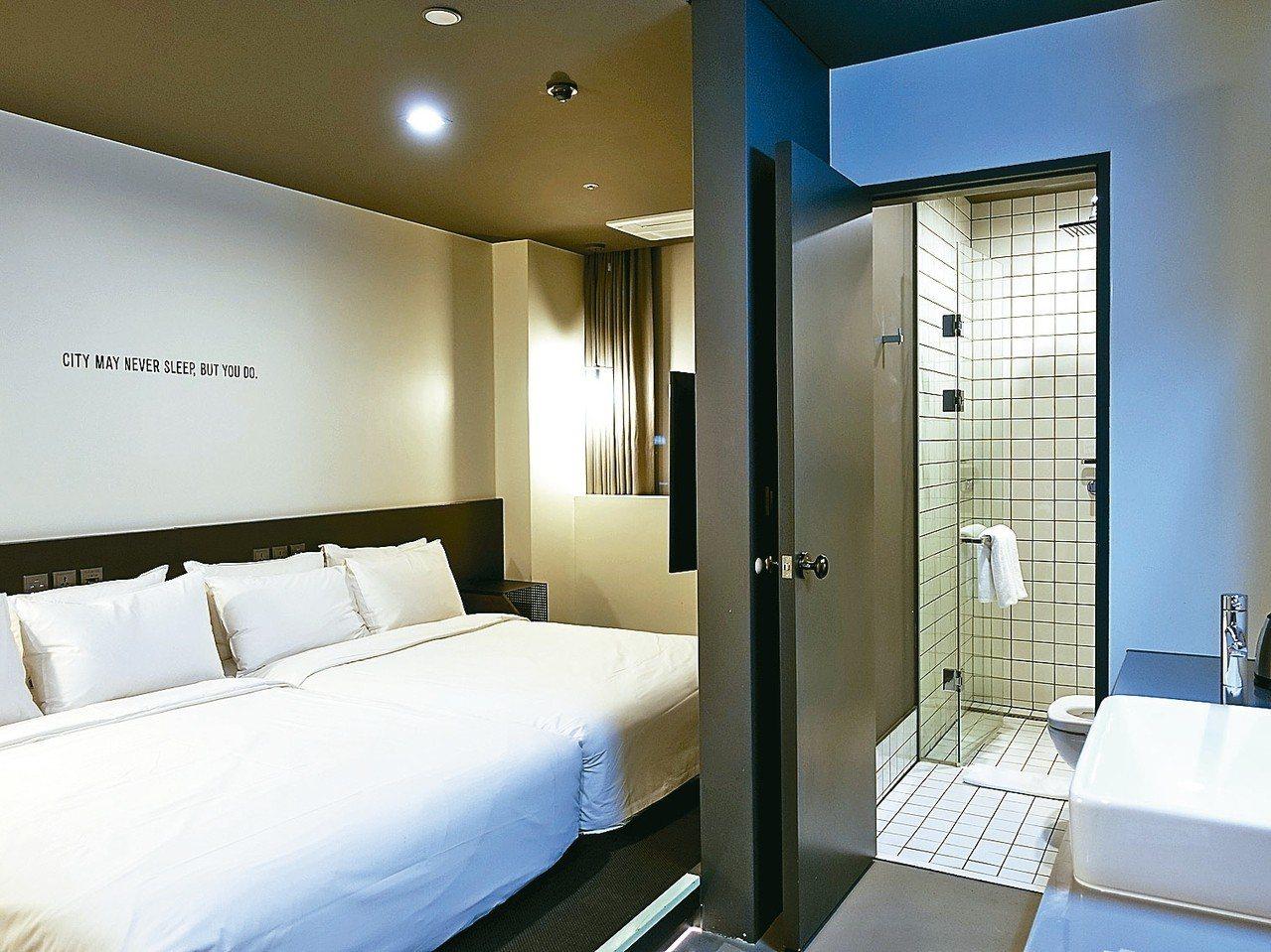 簡約文青風格的房型。 記者張芳瑜/攝影