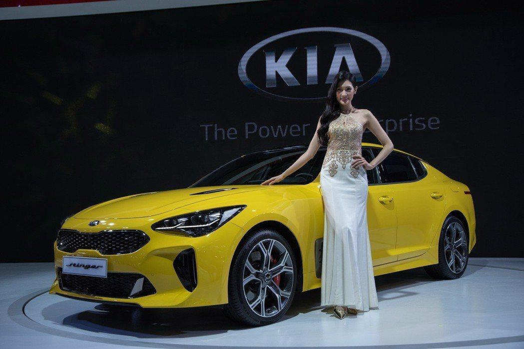 KIA最悍性能車款Stinger,獲頒2018德國紅點(Red Dot)設計大獎...