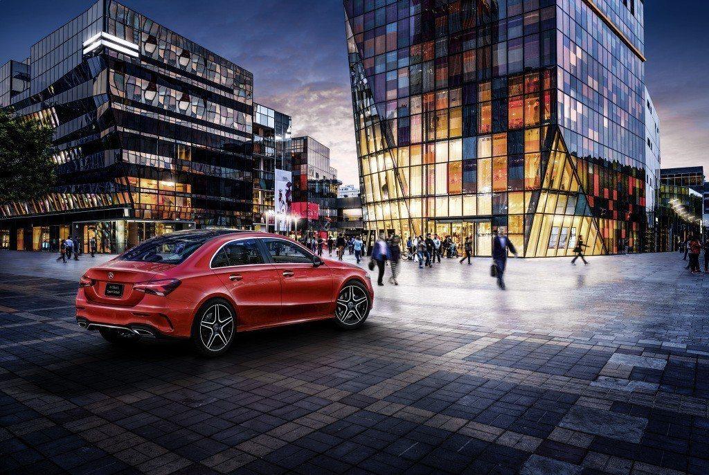 中國限定版的Mercedes-Benz A-Class L Sedan,將在今年...