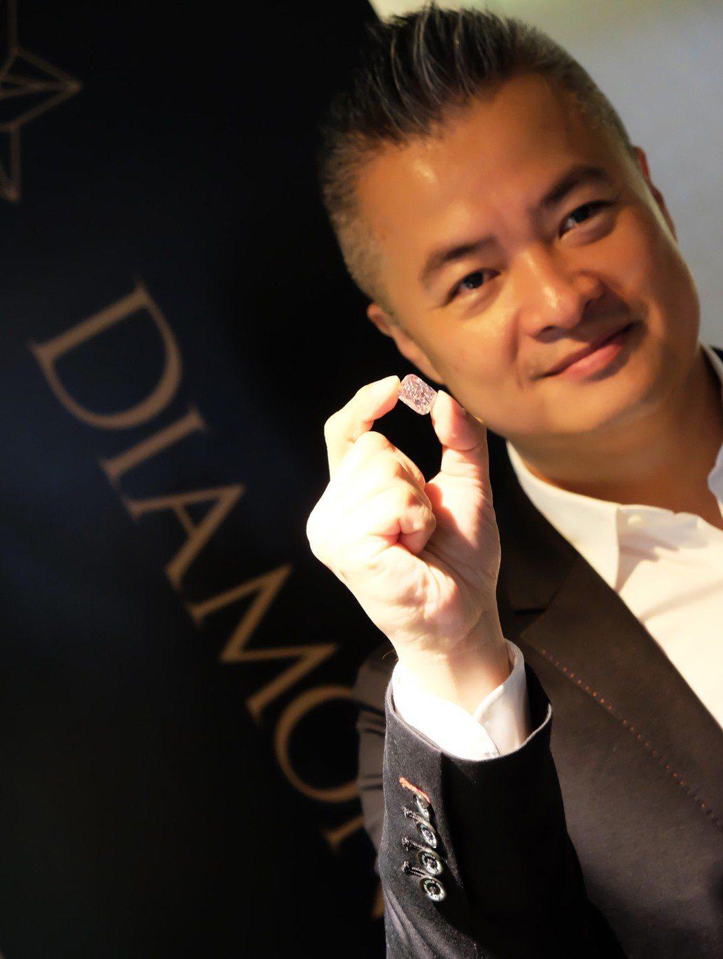 斐儷珠寶總裁陳昱羲強調,Diamond Bank致力於滿足台灣甚至全球的寶石市場...