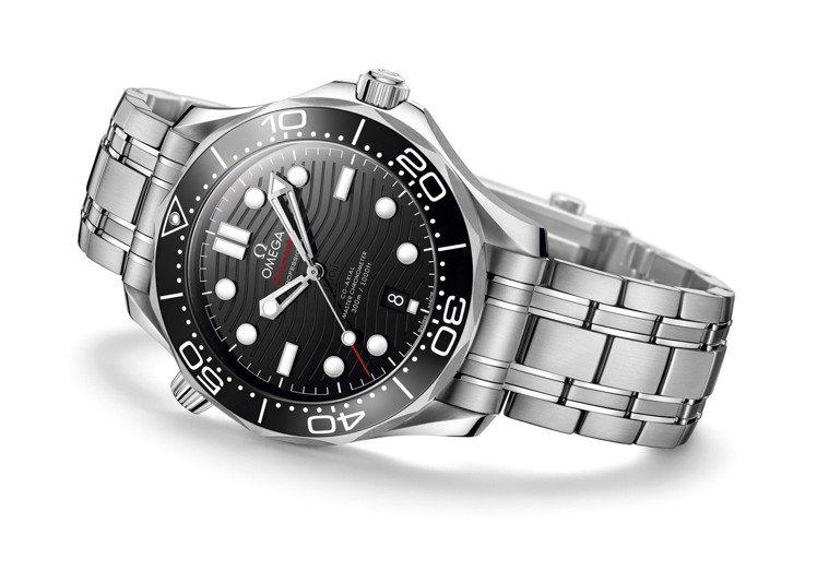 歐米茄海馬DIVER 300M系列不鏽鋼鏈帶腕表,42毫米精鋼表殼、8800 C...