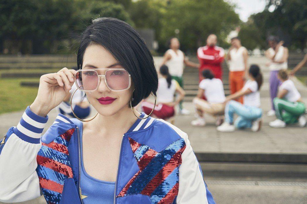小S跨刀和Matzka合唱又拍MV。圖/索尼音樂提供