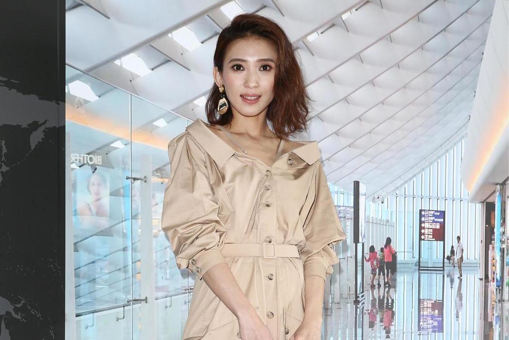 戴佩妮代言昇恆昌免稅預購網。記者蘇健忠/攝影