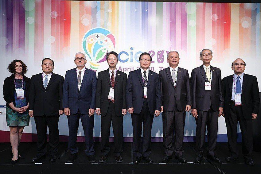 由工研院主辦的「CIE 2018國際智慧照明技術研討會」首次在台舉行。國際照明委...