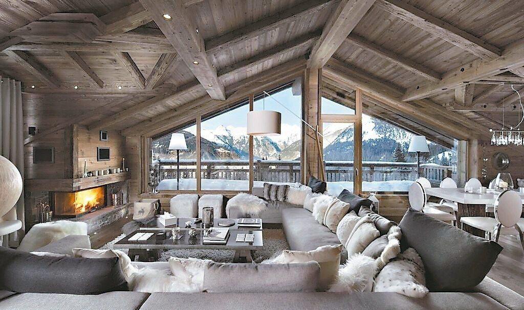 酒店位於谷雪維爾滑雪站附近,可飽覽銀色世界風光。 圖/Booking.com/提...