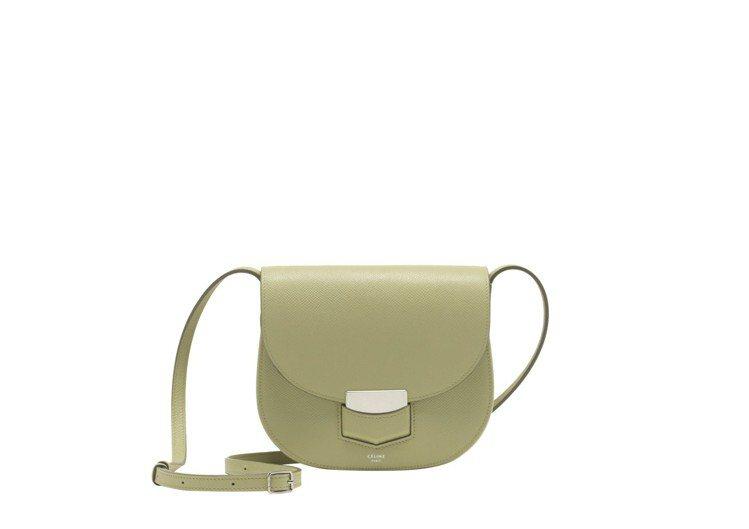 CÉLINE Trotteur Small蘋果綠小牛皮肩背包,售價58,000元...