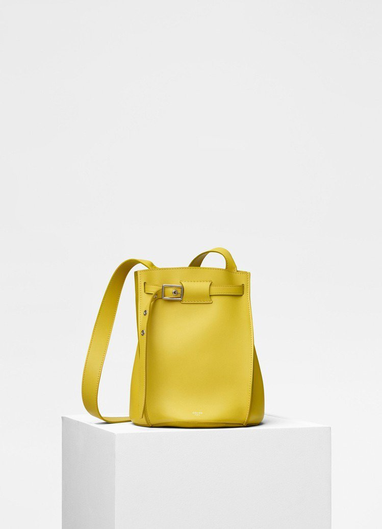 CÉLINE Big Bag Bucket鮮黃色小牛皮肩背包,售價70,000元...