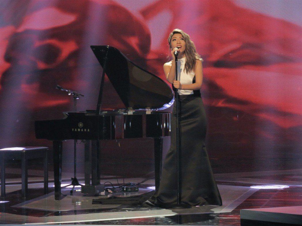 曲婉婷受邀出席新加坡電視盛會「紅星大獎」擔任表演嘉賓。圖/闊思音樂提供