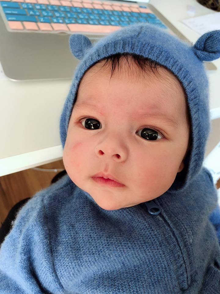 艾莉絲今年3月產下一子。 圖/擷自臉書。