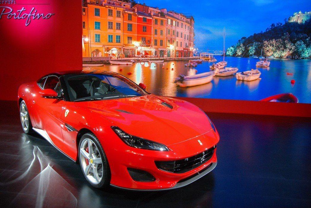 全新 Ferrari Portofino 台灣基本車價 1,228 萬起。 記者...