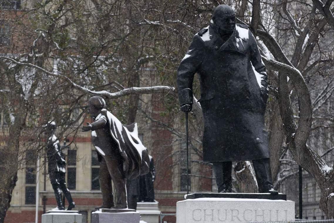 英國國會廣場上之前只有男性偉人銅像。 圖/美聯社