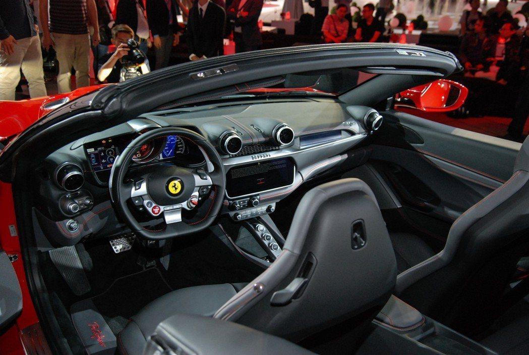 四座 GT 跑車一直都有其特殊的迷人之處。 記者林鼎智/攝影