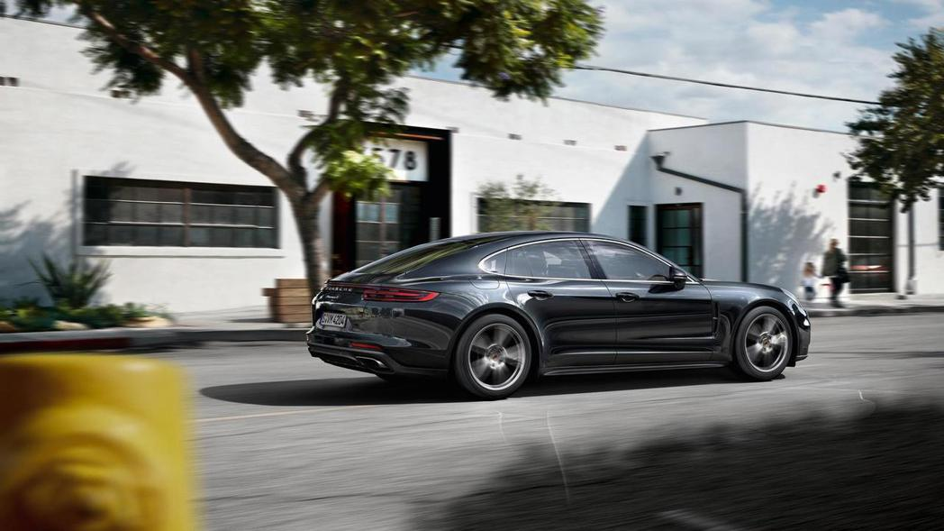 Porsche Panamera。 摘自Porsche