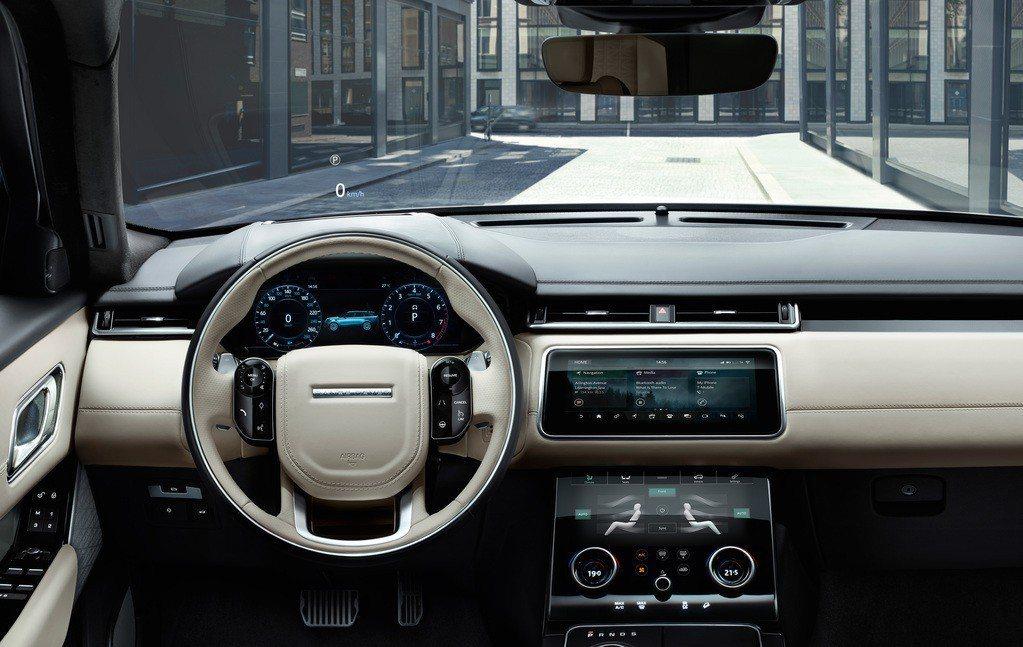 Land Rover Range Rover Velar 內裝。 摘自Land Rover