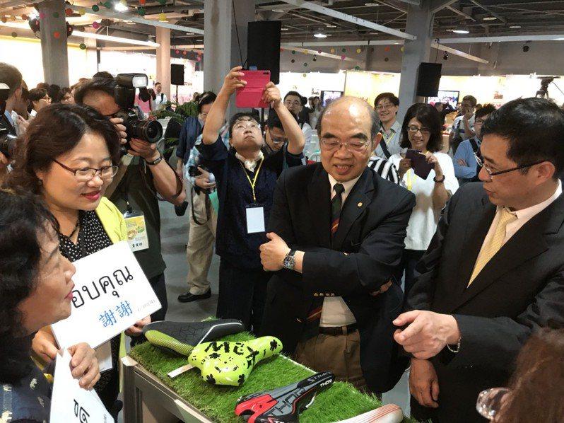 教育部長吳茂昆今天出席在華山文創園區舉辦的教育部新南向教育展開幕。記者馮靖惠/攝影
