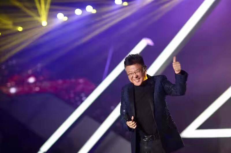 姜育恆出席馬來西亞執政黨「國陣」舉辦的演唱會活動挨轟。圖/摘自姜育恆臉書