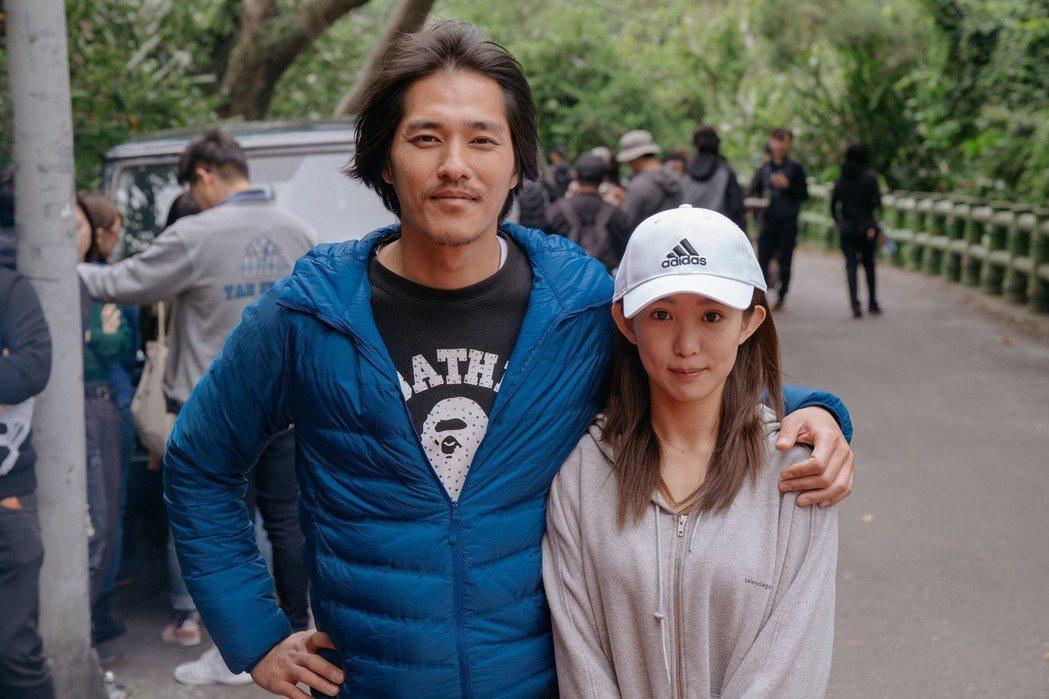 郭書瑤稱讚藍正龍是合作過最帥的導演。圖/華映提供