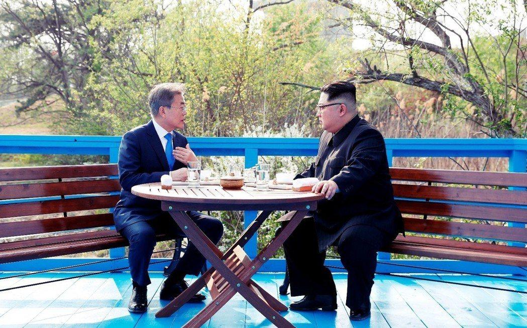 想要排除中國影響的即是韓國。文在寅政府既擔心朝中暗通款曲、讓朝鮮免除制裁壓力,更...