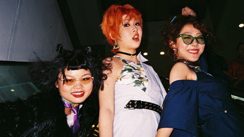 3unshine組合成員Cindy、Abby、Dora。圖/擷自微博