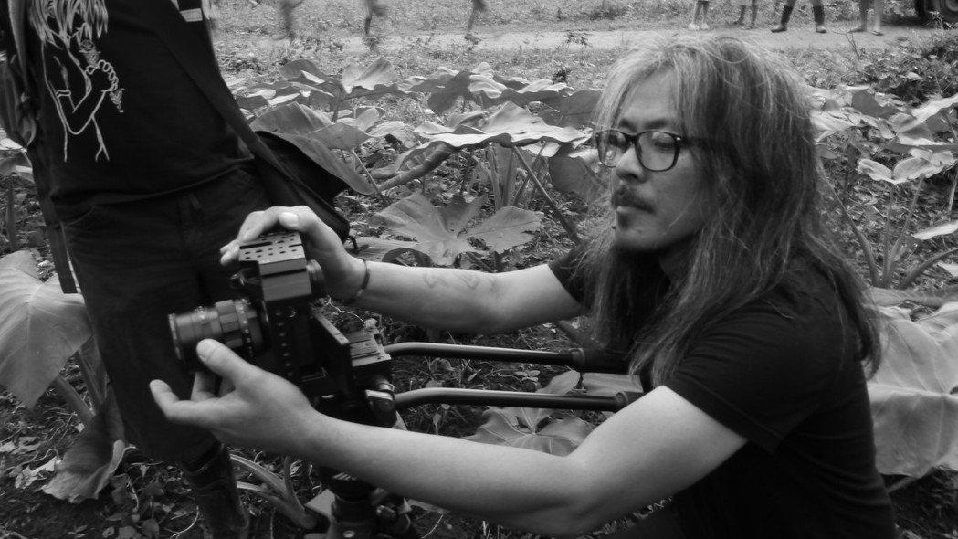 《一個菲律賓家庭的演化》的導演,拉夫.迪亞茲(Lav Diaz)。 圖/《一個菲...